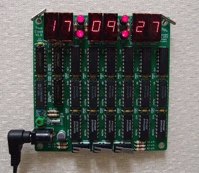 74xx ICs Based Digital Clock aka Das TTL-Grab Uhrwerk